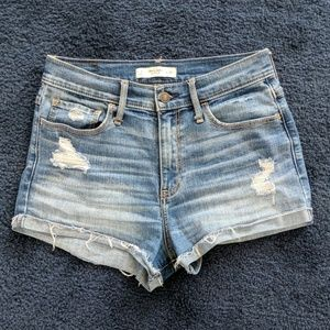 Abercrombie and Fitch high rise shorts 28